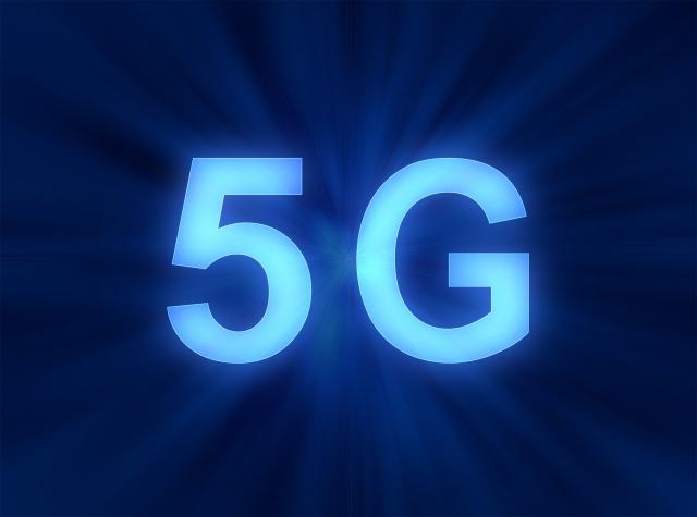 【結論】5G対応のiPhoneはいつから発売される?今後の対応機種やベストな買い替え時期をチェック